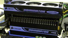 Dominator 10000C5D: DDR2 sino a 1.250 MHz
