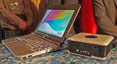 Toshiba mini notebook NB200 con display da 10 pollici
