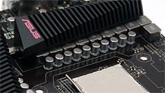 Asus Crosshair IV Formula: 890FX per gli enthusiast