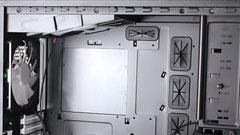 Fractal Design Define XL, il peso dello spazio
