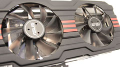 Asus HD7970 DirectCu II Top, tre slot per una scheda video