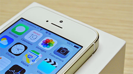 iPhone 5S: lo smartphone Apple si evolve e innova con i 64bit
