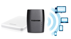 Toshiba Stor.e Wireless Adapter per usare un hard disk con telefono e tablet