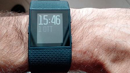 Fitbit Surge: la nostra videorecensione dopo l'importante aggiornamento