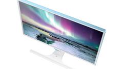 ANTEPRIMA: Samsung SE370, il primo monitor con sistema di ricarica wireless