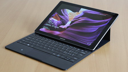 Galaxy TabPro S: il 2-in-1 Windows 10 secondo Samsung