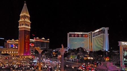 Auto a guida autonoma: 'Dio t'assista' dice l'autista Lyft al CES di Las Vegas