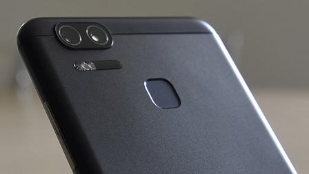 ASUS ZenFone Zoom S recensione: camera phone da 5.000 mAh