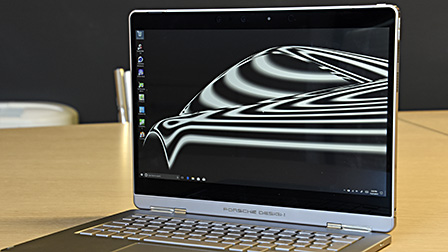 Porsche Design Book One: il 2-in-1 al quadrato