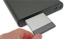 Intel Compute Card: un PC grande come una carta di credito