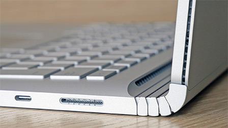 Microsoft Surface Book 2 13 pollici: il notebook dalle molteplici anime