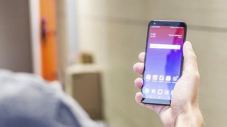 Guida all'acquisto e offerte: confronto fra i migliori smartphone di fascia media