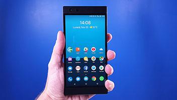Razer Phone 2 recensione: lo smartphone da 120 Hz per i gamer, e non solo