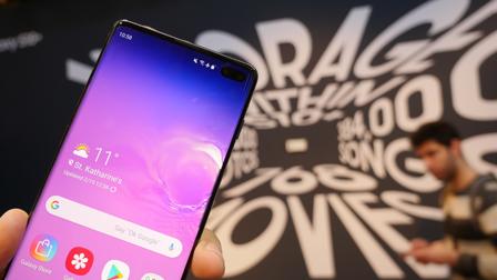Samsung Galaxy S10: ufficiale la nuova serie pronta a festeggiare i 10 anni. Ecco l'anteprima