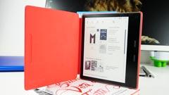 Kindle Oasis 2019: diventa più ''caldo'' rimanendo il migliore (e costoso). La recensione