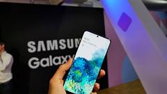 Samsung Galaxy S20, S20+ e S20 Ultra: ufficiali. Zoom fino a 100x e molto altro. Il video