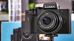 Panasonic Lumix G100: la mirrorless tascabile