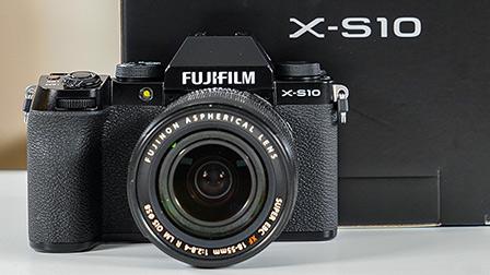 Anteprima Fujifilm X-S10: piccola, più semplice e stabilizzata