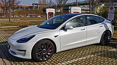 Tesla Model 3 Performance: la più veloce in versione 2021 sfrutta l'Ecobonus