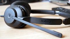 Recensione Jabra Evolve2 30: le cuffie per lo smart working che supportano Microsoft Teams