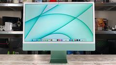 Apple iMac 24 M1: tanta sostanza in un look sbarazzino