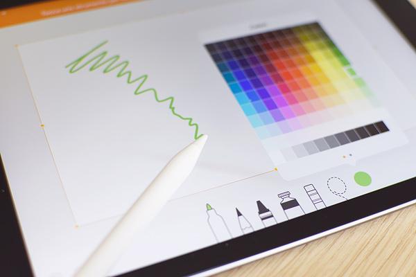 1f870c4c26b Come dicevamo in apertura, Apple ha deciso di allargare anche al di fuori  della famiglia Pro il supporto ad Apple Pencil. Si tratta di uno stilo di  tipo ...