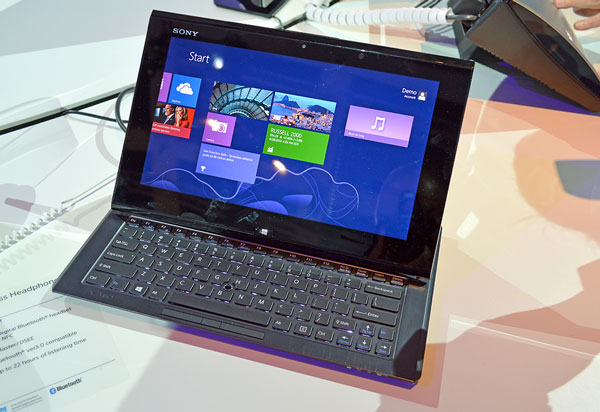 ifa sony duo11 davanti 600 Sony Vaio Duo 11 Ultrabook tablet e Vaio Tap 20