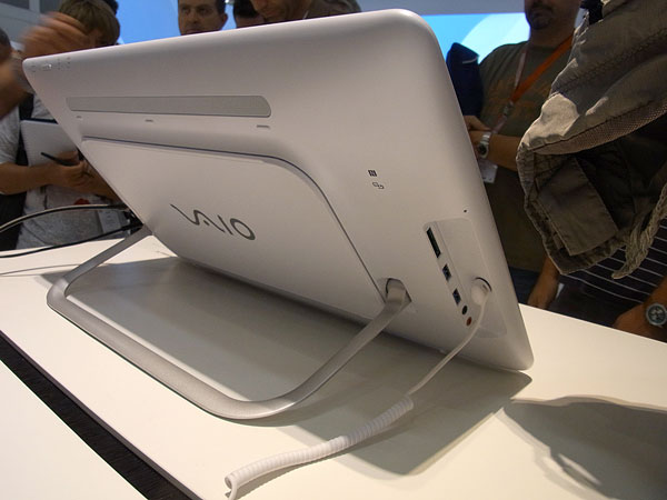 ifa sony tap20 retro 600 Sony Vaio Duo 11 Ultrabook tablet e Vaio Tap 20