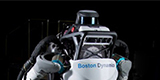 Il robot Atlas di Boston Dynamics ora fa anche parkour