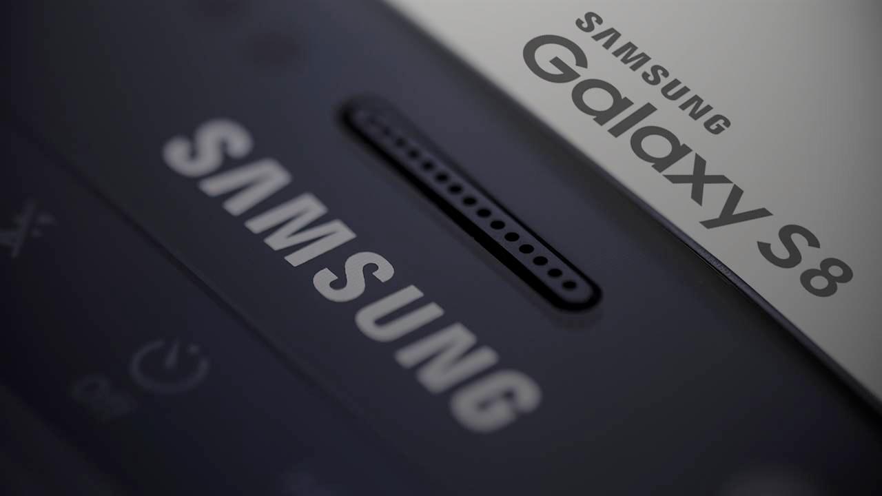 Samsung Galaxy S8: in arrivo due versioni entrambe con il nuovo assistente vocale Viv Lab