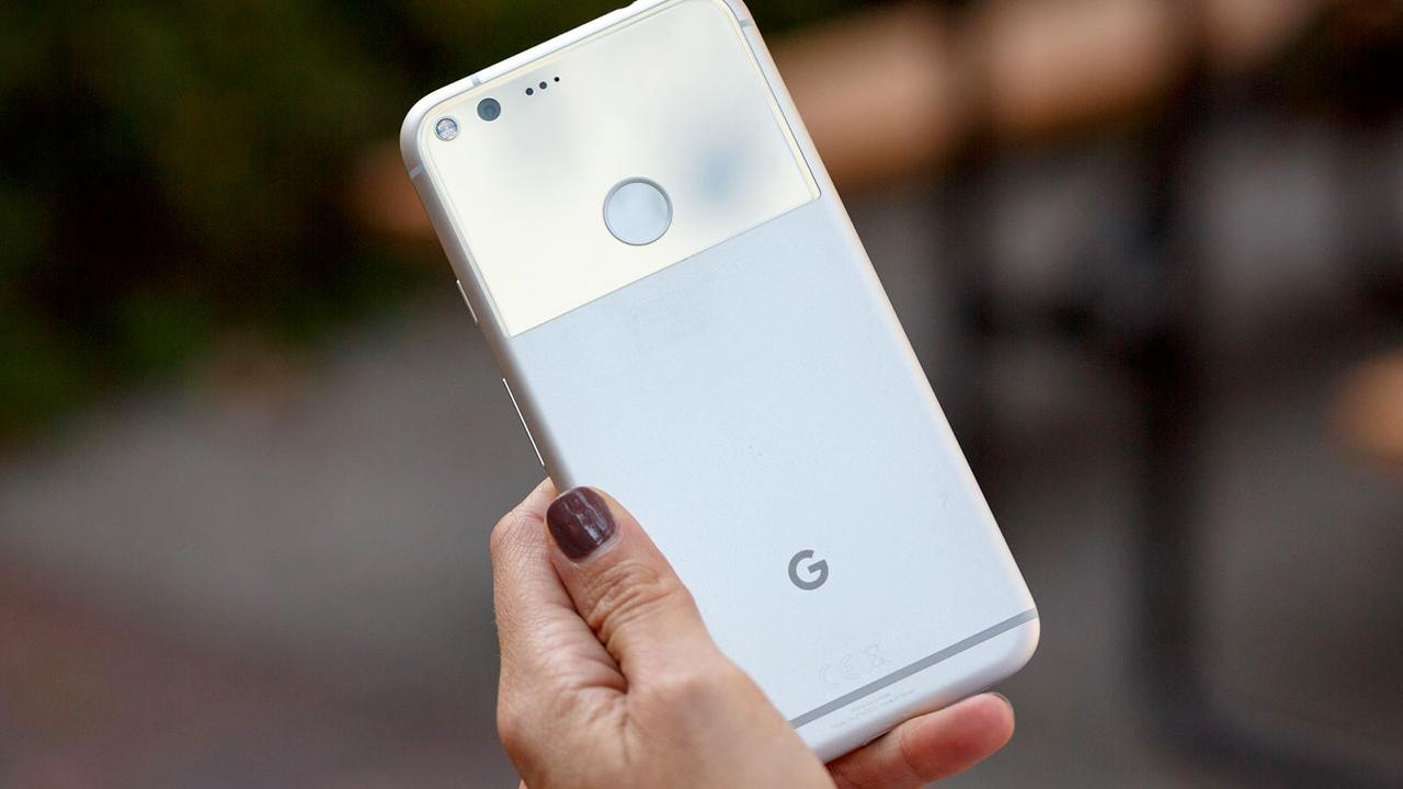 Account bloccati a chi rivende i propri Pixel: Google ci ripensa