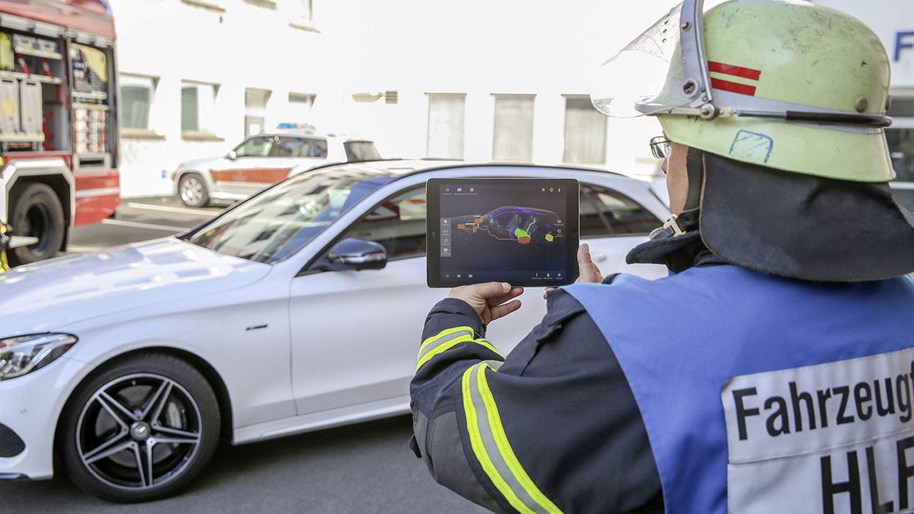 Rescue Assist App di Mercedes-Benz guida i soccorritori in caso di incidente