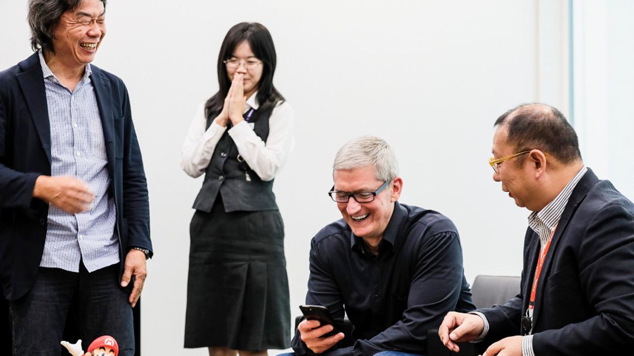 Tim Cook incontra Nintendo in una visita in Giappone