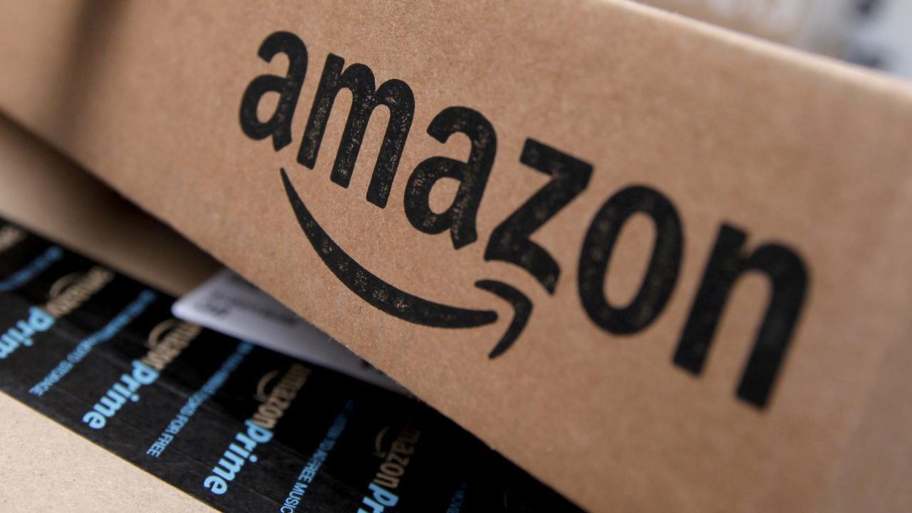 Amazon, offerte e sconti del 19 marzo: smart TV Samsung, smartwatch Huawei, schede microSD Samsung, volanti Logitech, SSD Crucial