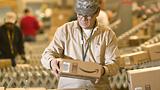 Amazon, spedizioni più veloci al Centro e al Sud Italia: nel 2017 il nuovo centro logistico
