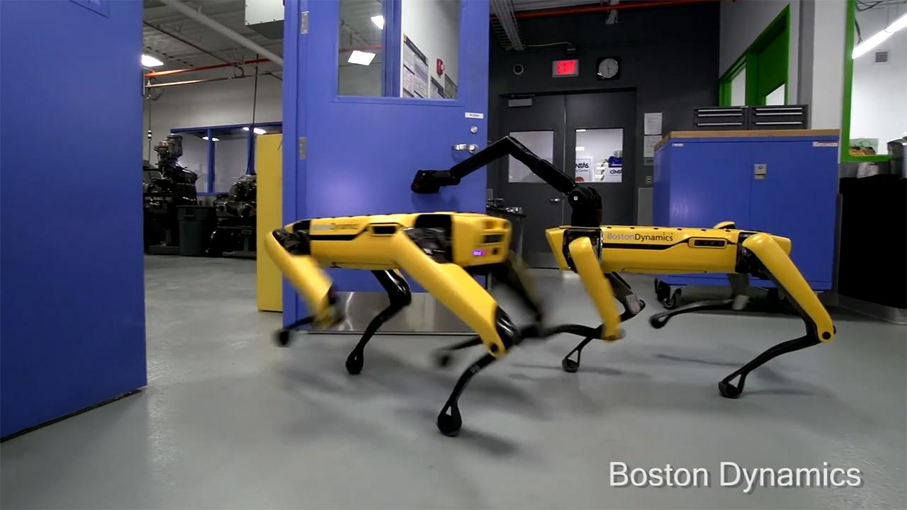 Spot: il cane robot di Boston Dynamics & …