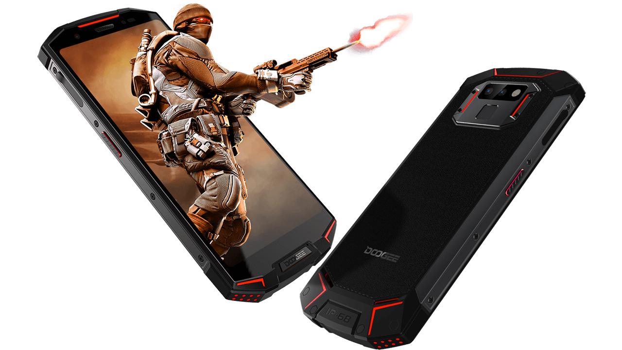 Doogee S70, ecco lo smartphone rugged per il gaming, con gamepad dedicato
