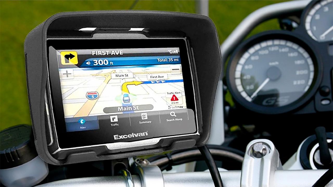 Navigatore moto navigatore gps per moto e scooter oggi ce - Porta navigatore auto ...