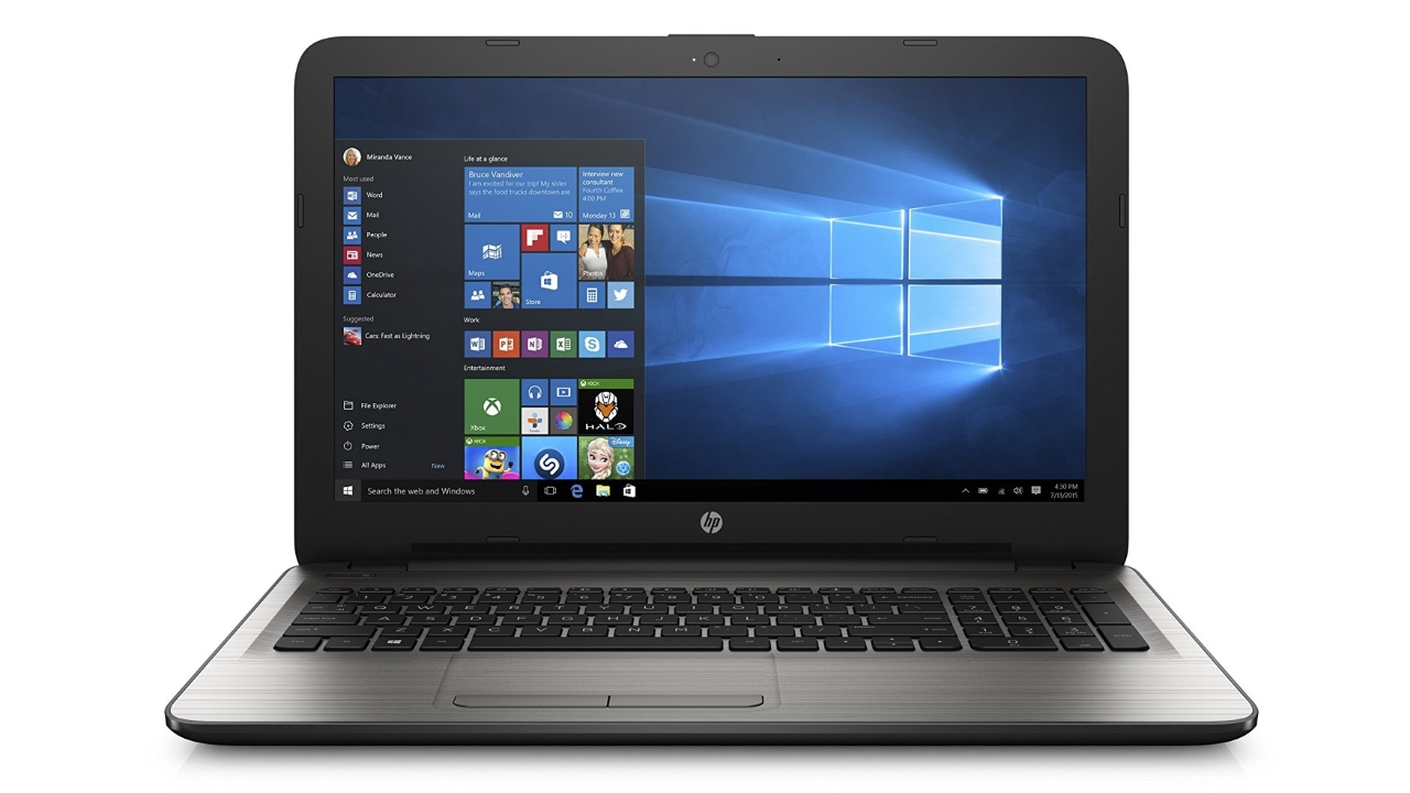 Notebook HP 15-AY000NL con display 15,6'', Intel Celeron N3060 e 4GB RAM a soli 289 Euro su Amazon