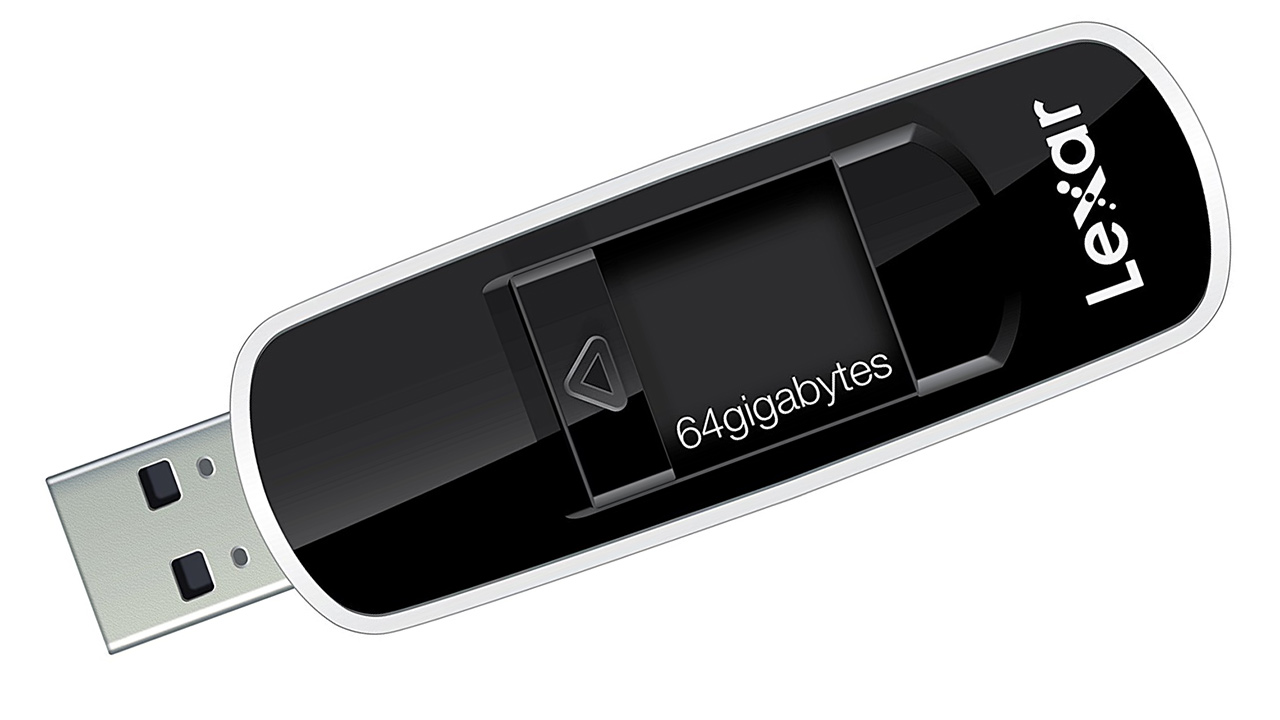 Una chiavetta USB da 64GB a soli 21,83 euro su Amazon: Lexar JumpDrive S70