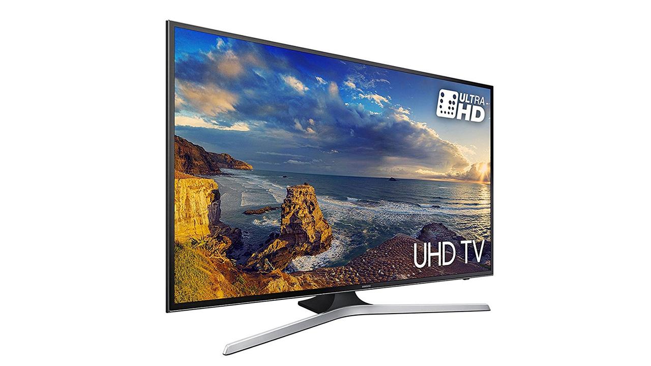 Offerte di Natale Amazon di oggi, venerdì 13: TV Samsung, Clarks, iPhone, PC, regali sotto i 50 Euro e molti articoli fino a -80%