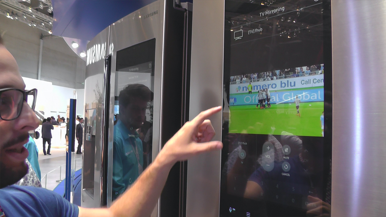 Samsung ad IFA tra monitor e TV Quantum Dot e il frigo smart con monitor integrato