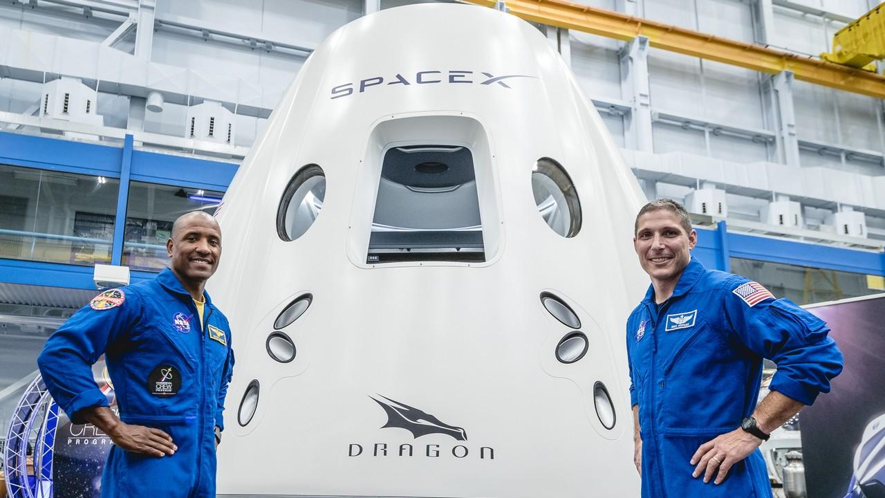SpaceX, ultimo test per la Crew Dragon: ecco quando saranno le prime missioni con equipaggio