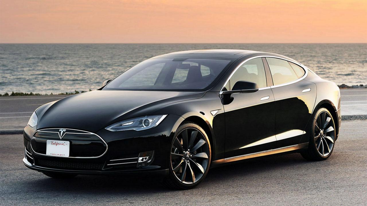 Una Tesla Model S ha raggiunto il milione di chilometri in cinque anni