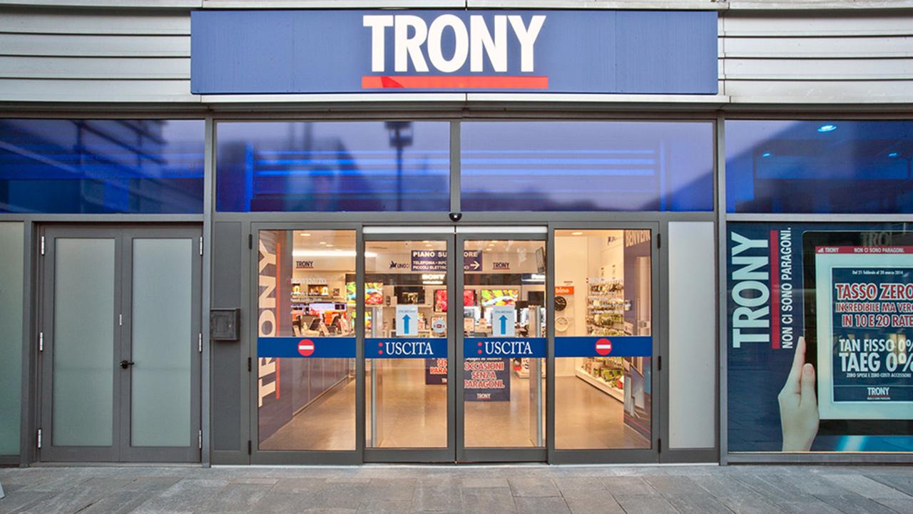 f71799daf48b Chiusi 43 negozi Trony e DPS in fallimento. È l inizio della fine ...