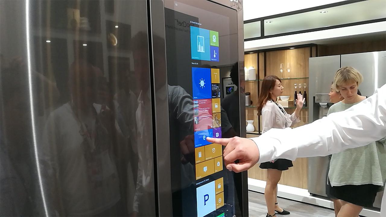 Un frigorifero con Windows 10 fra le novità di LG ad IFA 2016