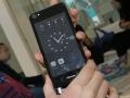 Hisense A2, smartphone con doppio display (uno è e-ink)