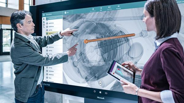 Sempre più utenti abbandonano il MacBook per il Surface — Microsoft