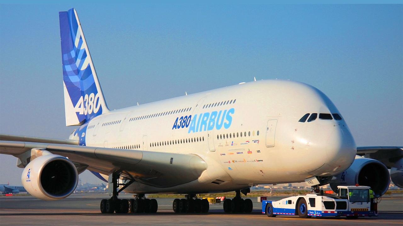 Airbus_A380_720.jpg