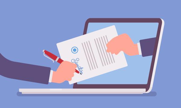 Electronic-signature-on-laptop